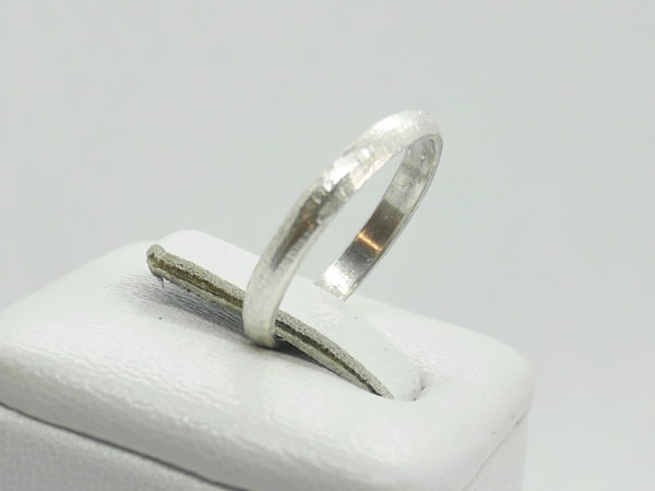 alliance texture limée or blanc 18k